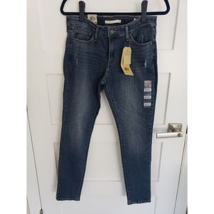 Levi's Womens 711 Skinny Jean's Size 8 or 29